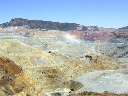 Glencore copper mine in Congo sends 350 contractors home